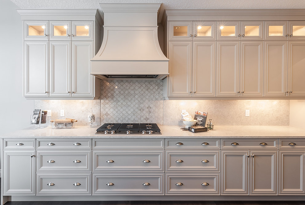 traditional custom kitchen cabinets - Custom Kitchen Cabinets Vancouver