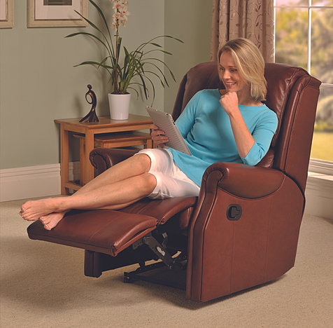 Rooms furniture keighley recliners for Furniture keighley