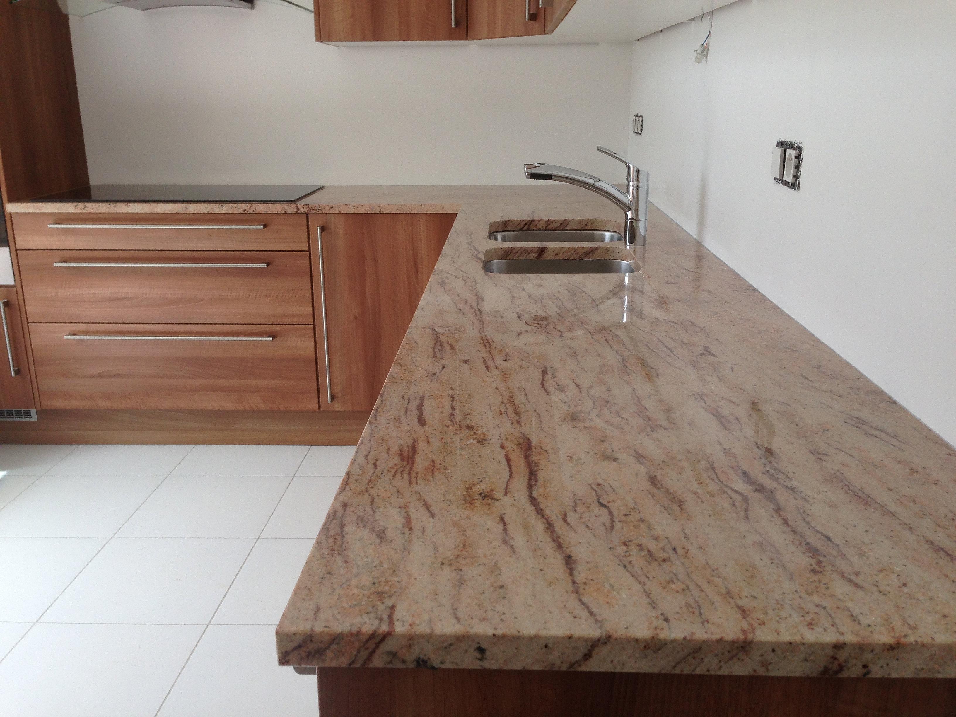 devis plan de travail com paris granit quartz marbre plans cuisine sur mesure granit. Black Bedroom Furniture Sets. Home Design Ideas