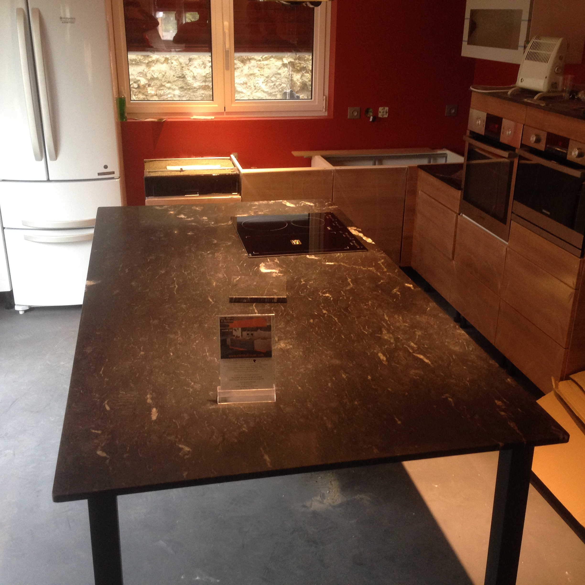 Plan de travail granit quartz table en mabre paris - Table de cuisine sur mesure ...