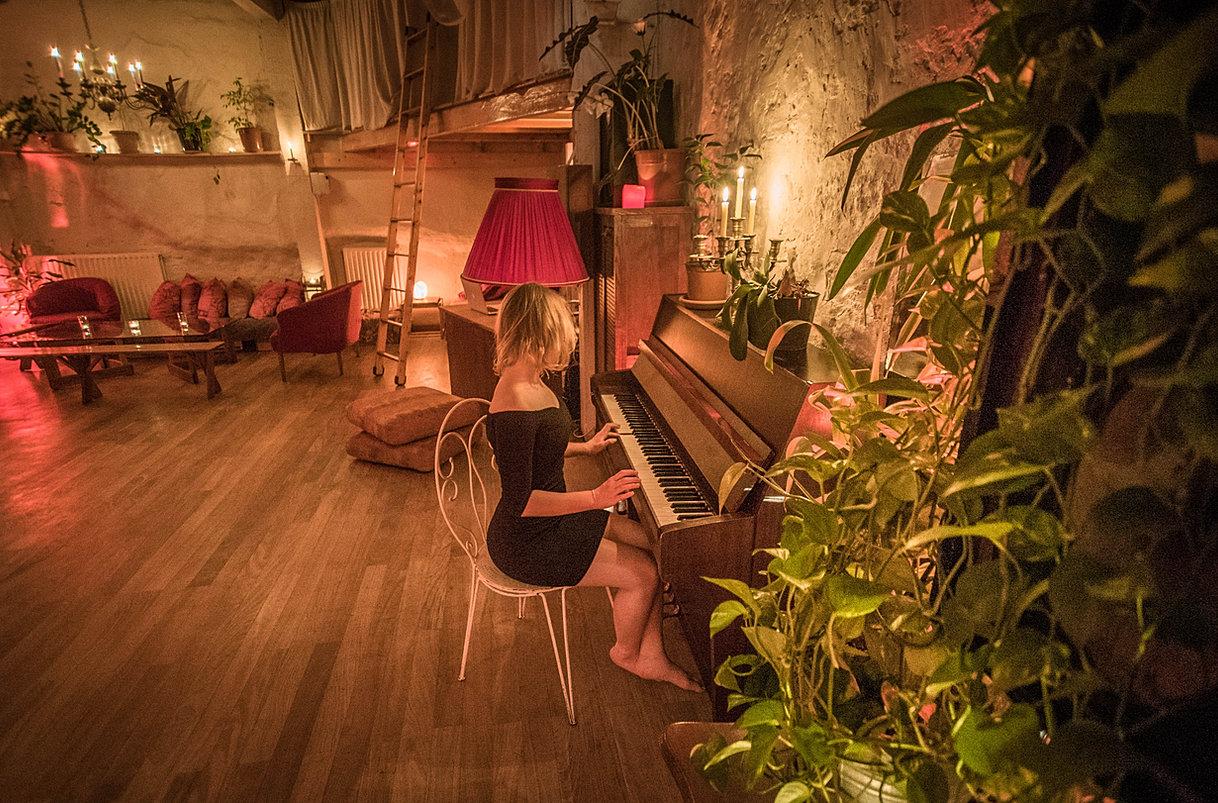 Salle louer paris soir e priv e volume unique loft lechapelais - Location loft soiree ...