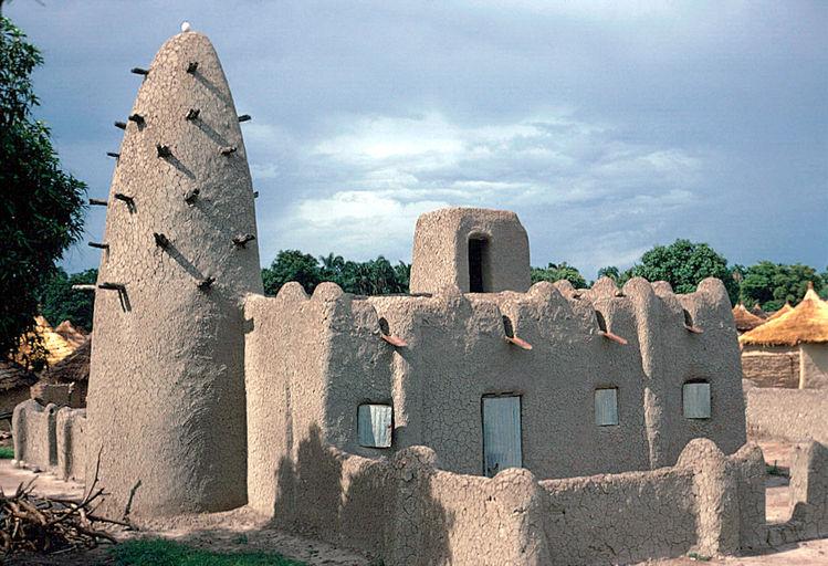 Habitat bantou les bantous construire en afrique for Architecture vernaculaire