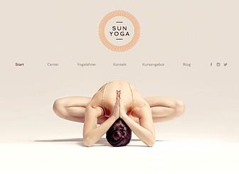 Yoga-Center Template - Ein modernes und klares Design perfekt für Yoga, Pilates oder Fitness. Der fixierte Hintergrund ermöglicht es Ihnen alle wichtigen Inhalte auf schönen Streifen zu platzieren. Mit dem Buchungssystem Wix Bookings können Teilnehmer Kurse buchen. Fangen Sie jetzt an Ihre Website zu erstellen und freuen Sie sich über viele neue Yogis!