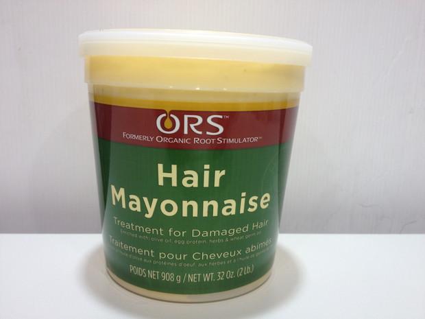Lhuile de bardane de la chute des cheveux avec le shampooing