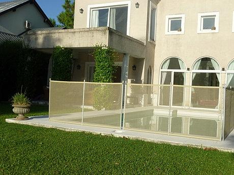 Babysafe cercos de pileta seguridad para ni os for Barredera piscina