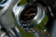 oil-temperature-gauge-209651_1920.jpg