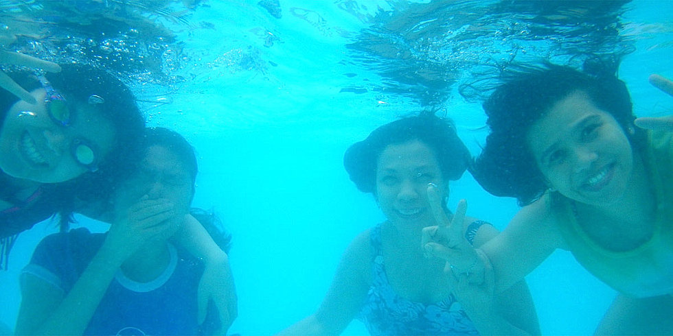 malamig-resort-enjoying-underwater-swimming.jpg