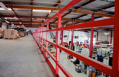 Intrastoragesystems for Mezzanine guard rail