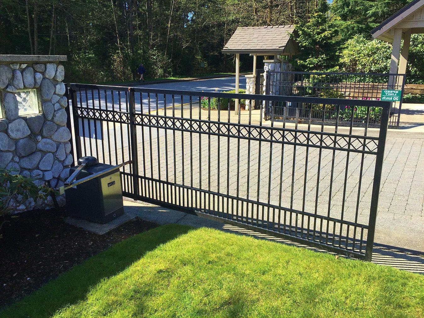 Driveway gates vancouver