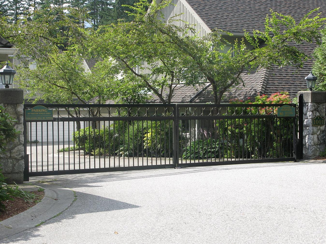 Powell River Garage Door Repair