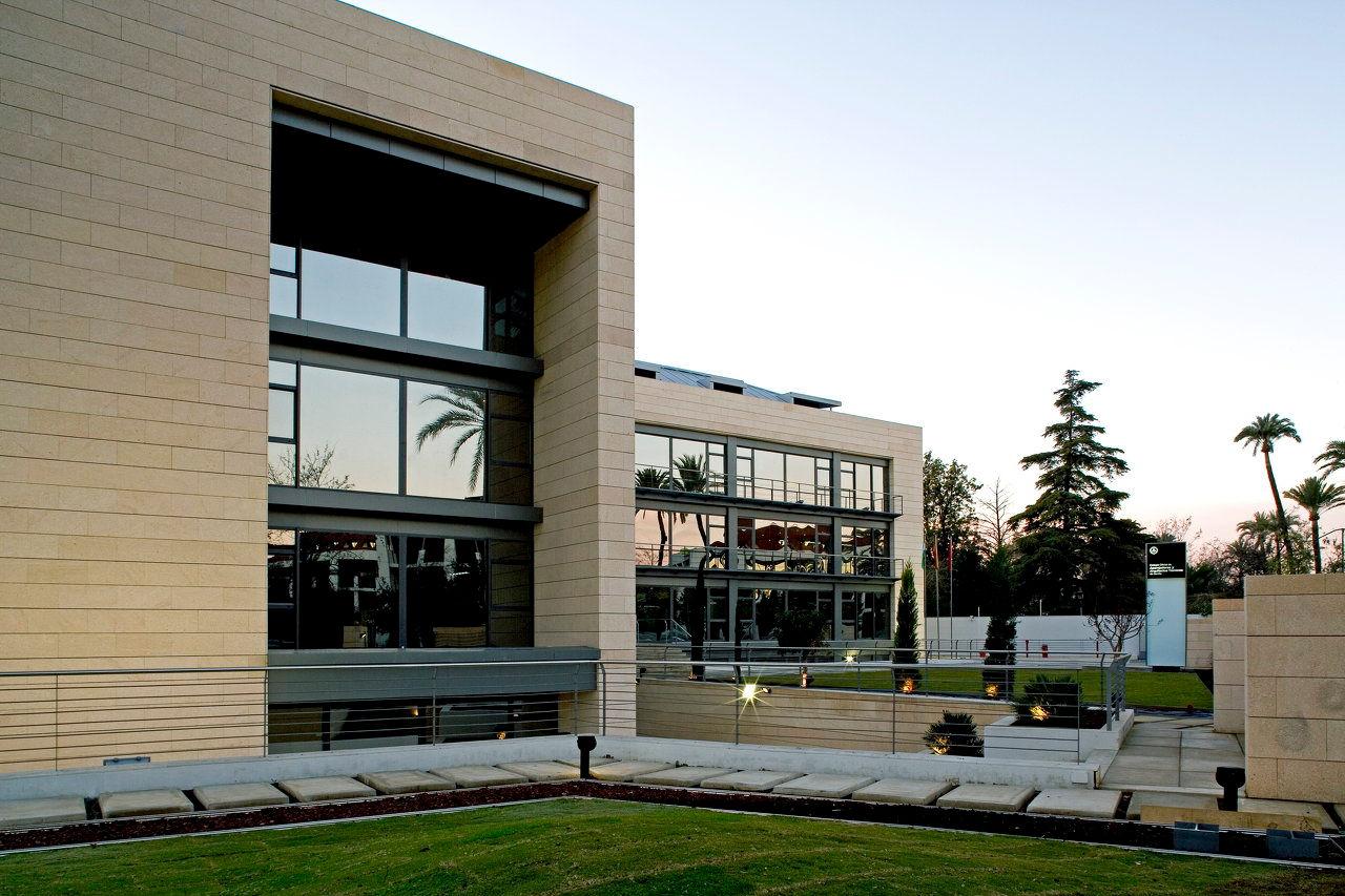 Arquitectura y urbanismo for Colegio de aparejadores de murcia