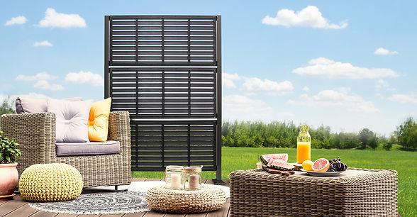 Lifestyle_patio_Distinct_Shutter10925601