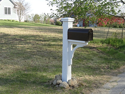 Gc aaa fences mailbox posts for Unique mailboxes with post
