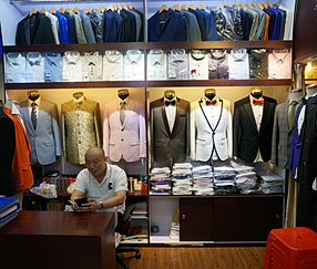 tailor made suit from shenzhen on a shopping tour