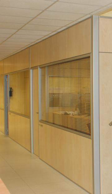 Eskla bienes y servicios mobiliario oficina hogar y for Divisiones para oficina