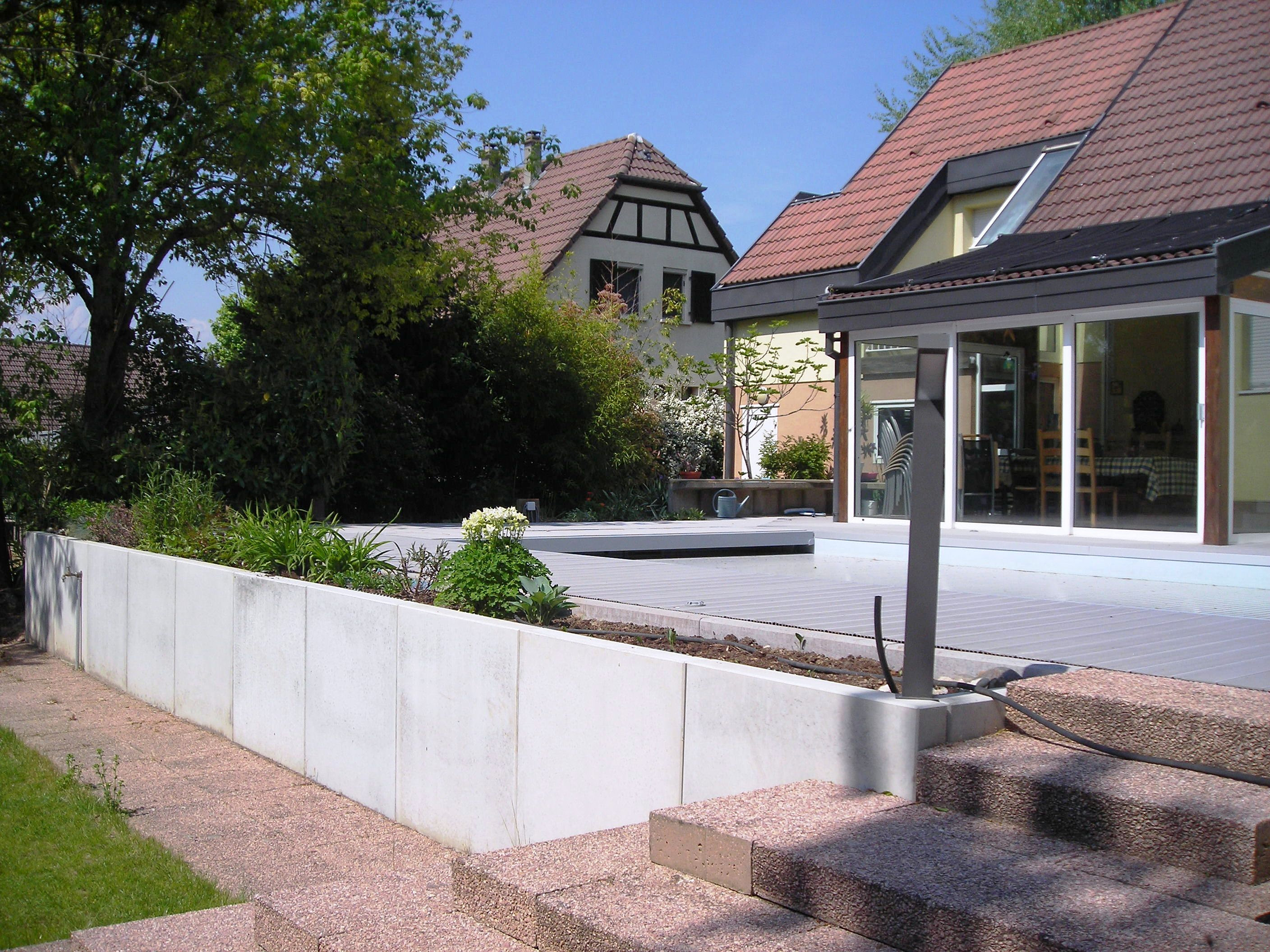 Europavage am nagement ext rieur paysagiste terrasse for Mur de galet exterieur