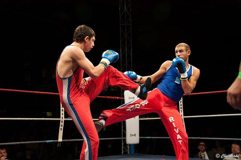 Что за Сават: История происхождения и правила соревнований французского бокса