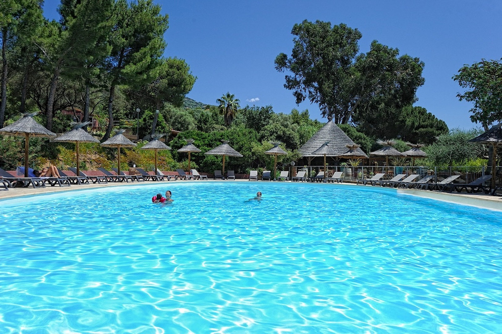 Camping corse for Camping corse du sud avec piscine
