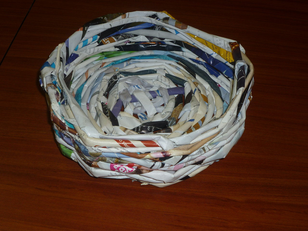 Earth created by alejandragarcia6 based on my - Como hacer canastas de papel ...