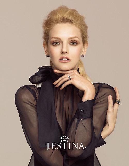 J. Estina