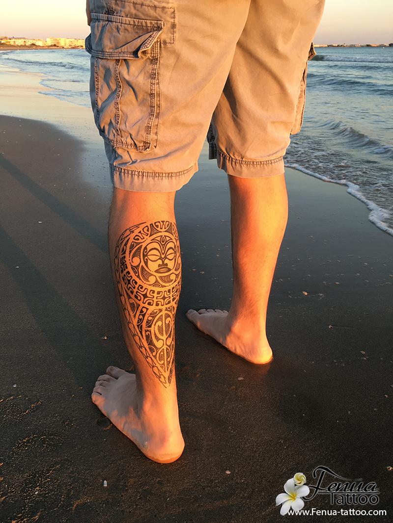 tatouage polyn sien sur le mollet tatouage polynesien by pierre martinez de tahiti tattoo. Black Bedroom Furniture Sets. Home Design Ideas