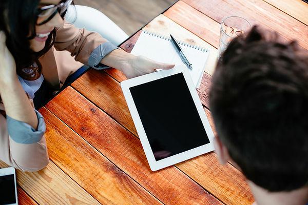 Trabalhando em um tablet