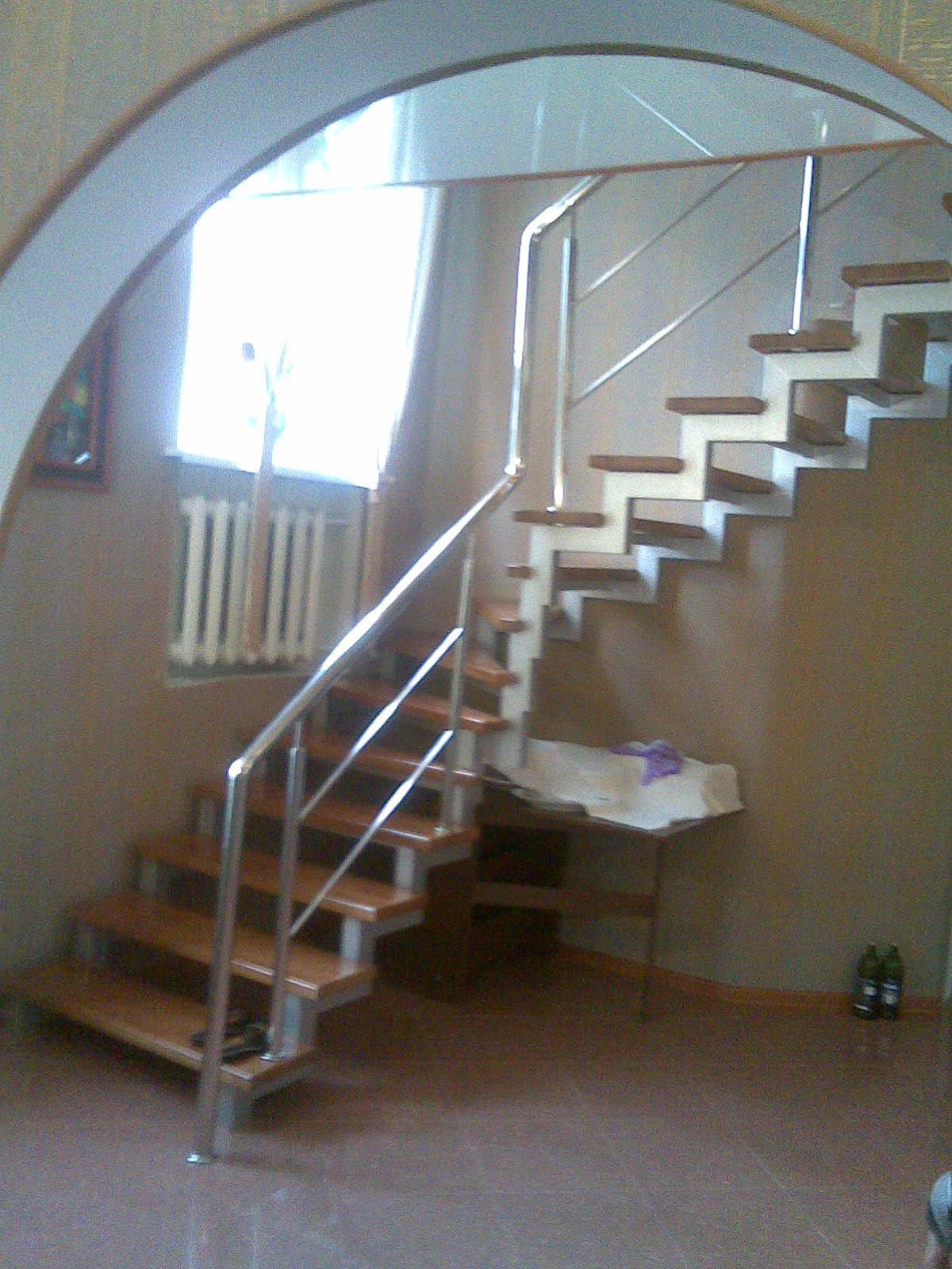 Лестница из труб на второй этаж своими руками