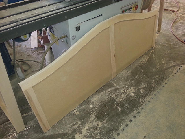 daybed headboard