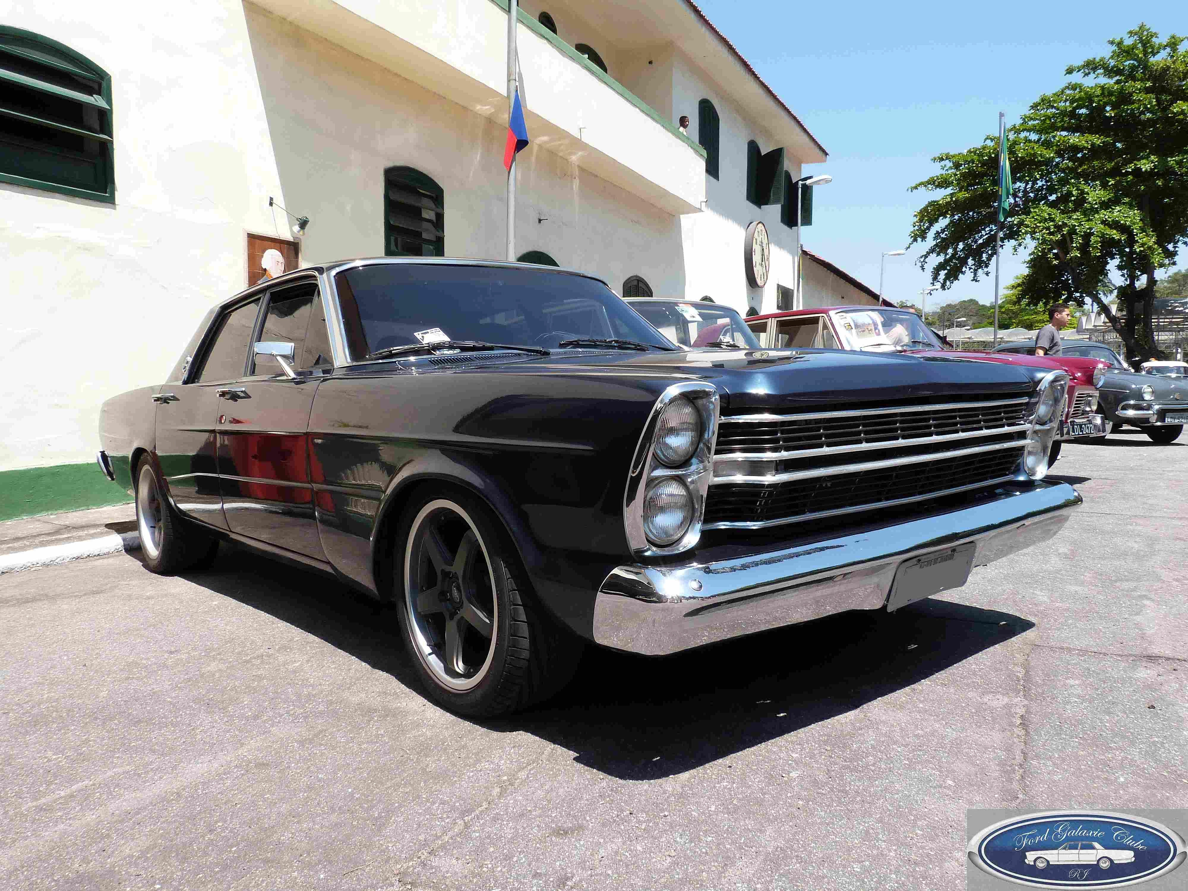 Ford galaxie clube rj ford ltd street for Bayer motor company ford