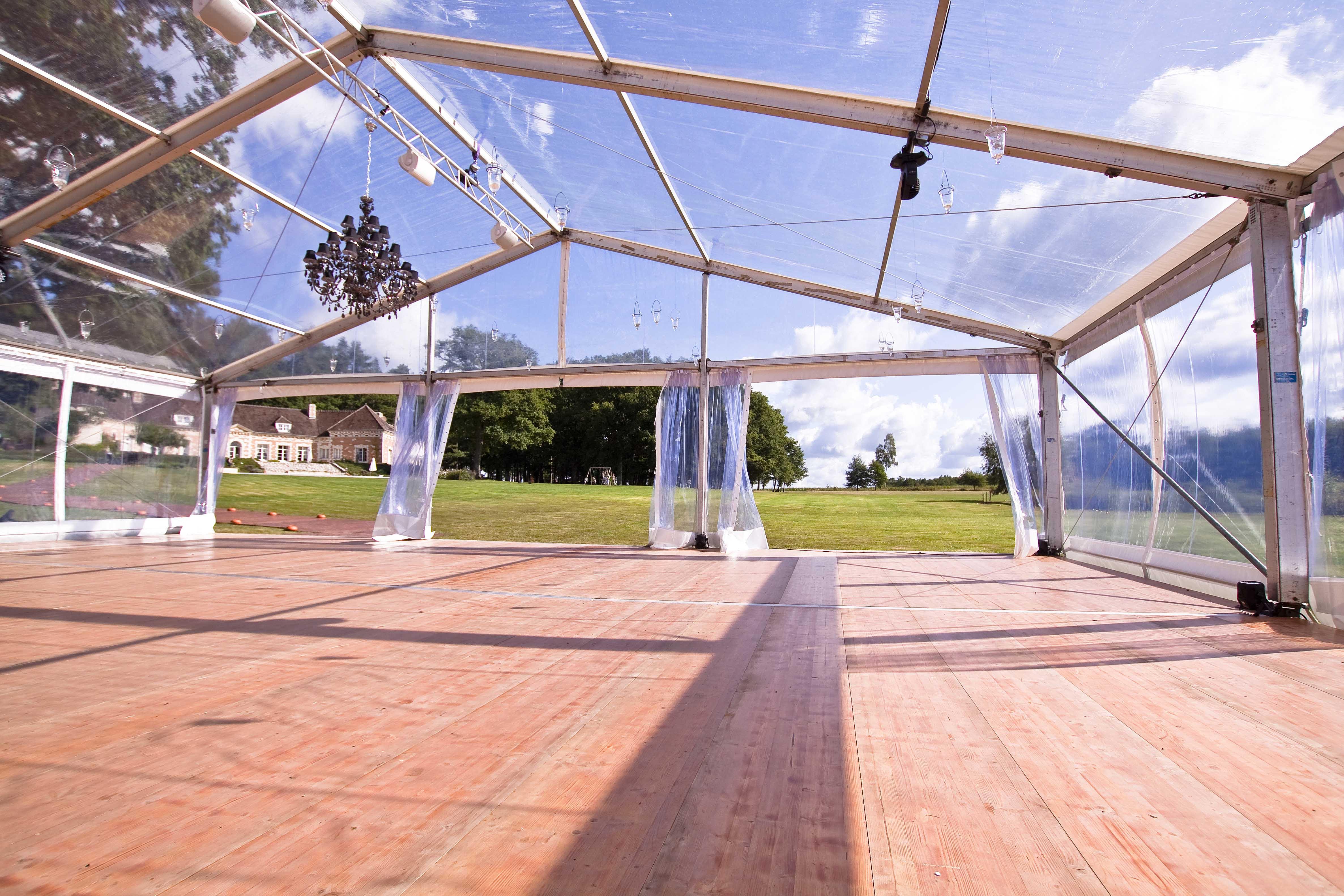 location tente structure de 15m x 25m cristal - Prix Location Tente Mariage 250 Personnes