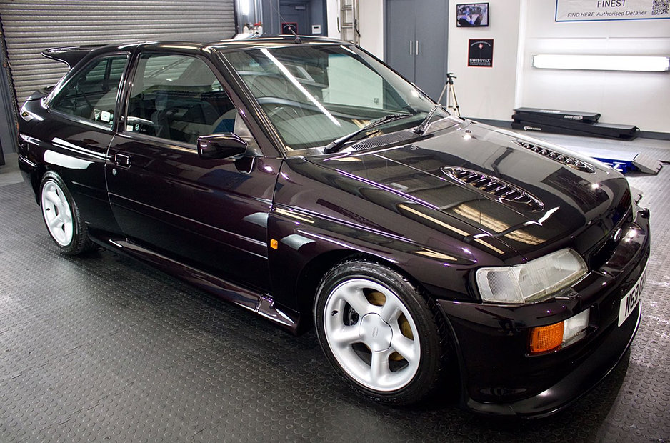 investor classics ford escort rs cosworth for sale in scotland. Black Bedroom Furniture Sets. Home Design Ideas