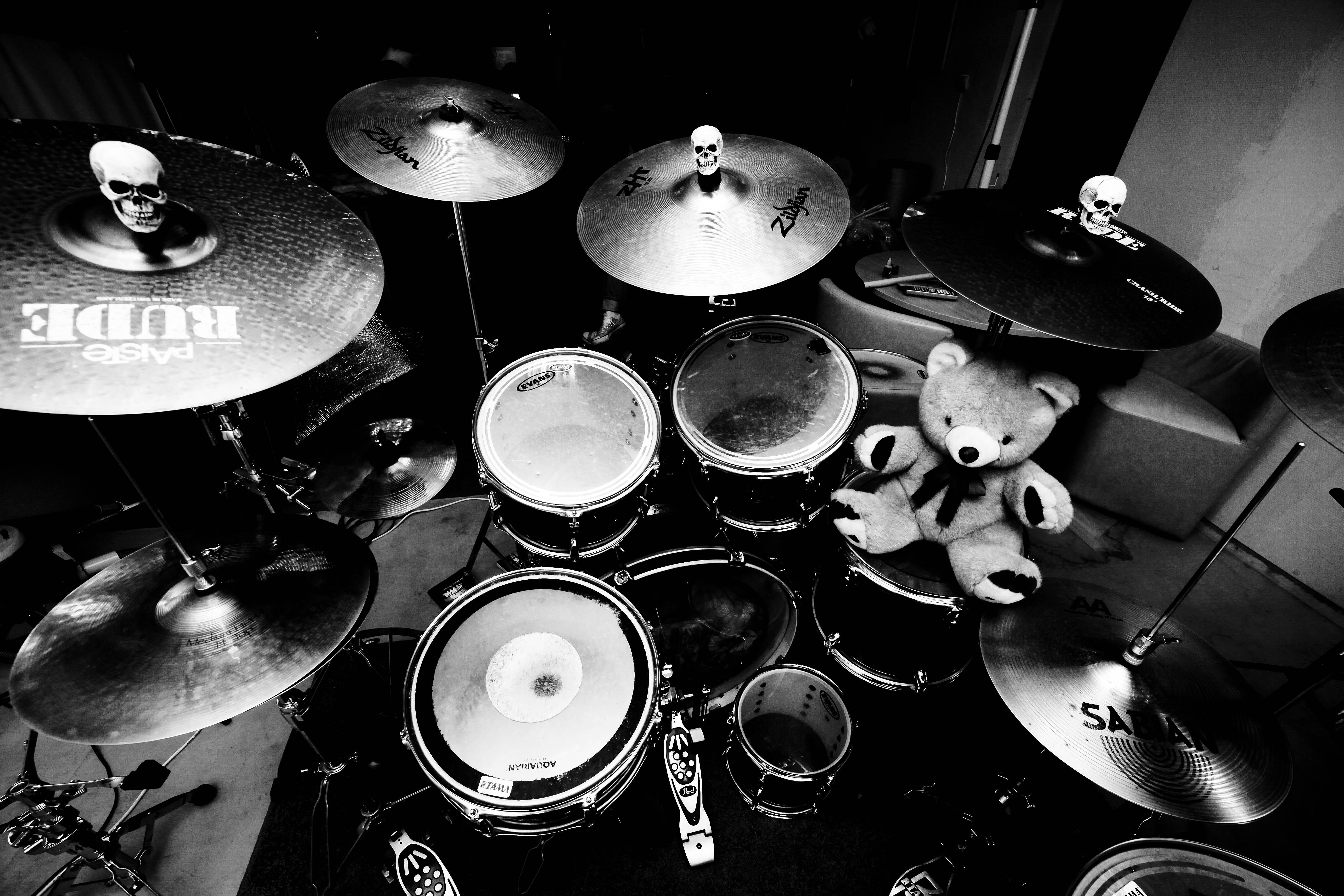 Как научиться играть на барабанах с нуля в домашних условиях 75