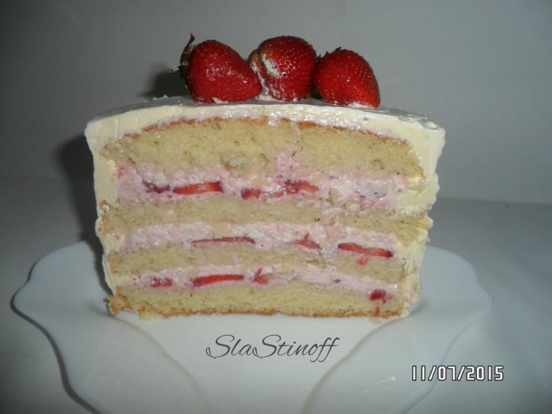Сливочный клубничный крем для торта