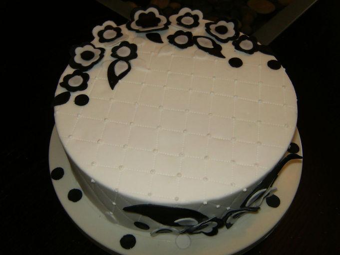 gâteau de mariage gâteau de mariage noir et blanc très élégant le ...