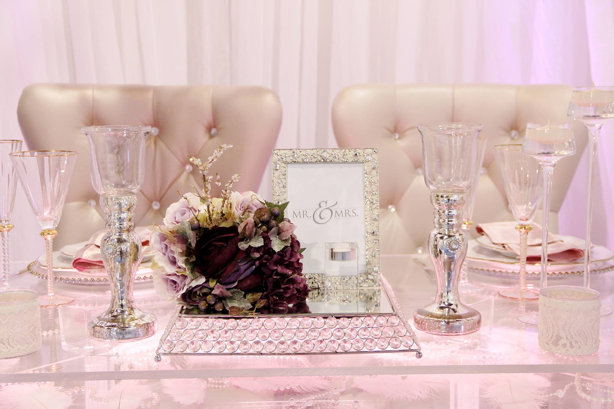 Omg Events Toronto Wedding And Event Decor Acrylic Table