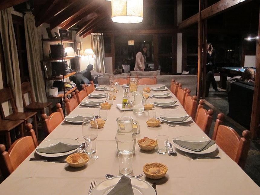 mesa de comedor para 20 personas