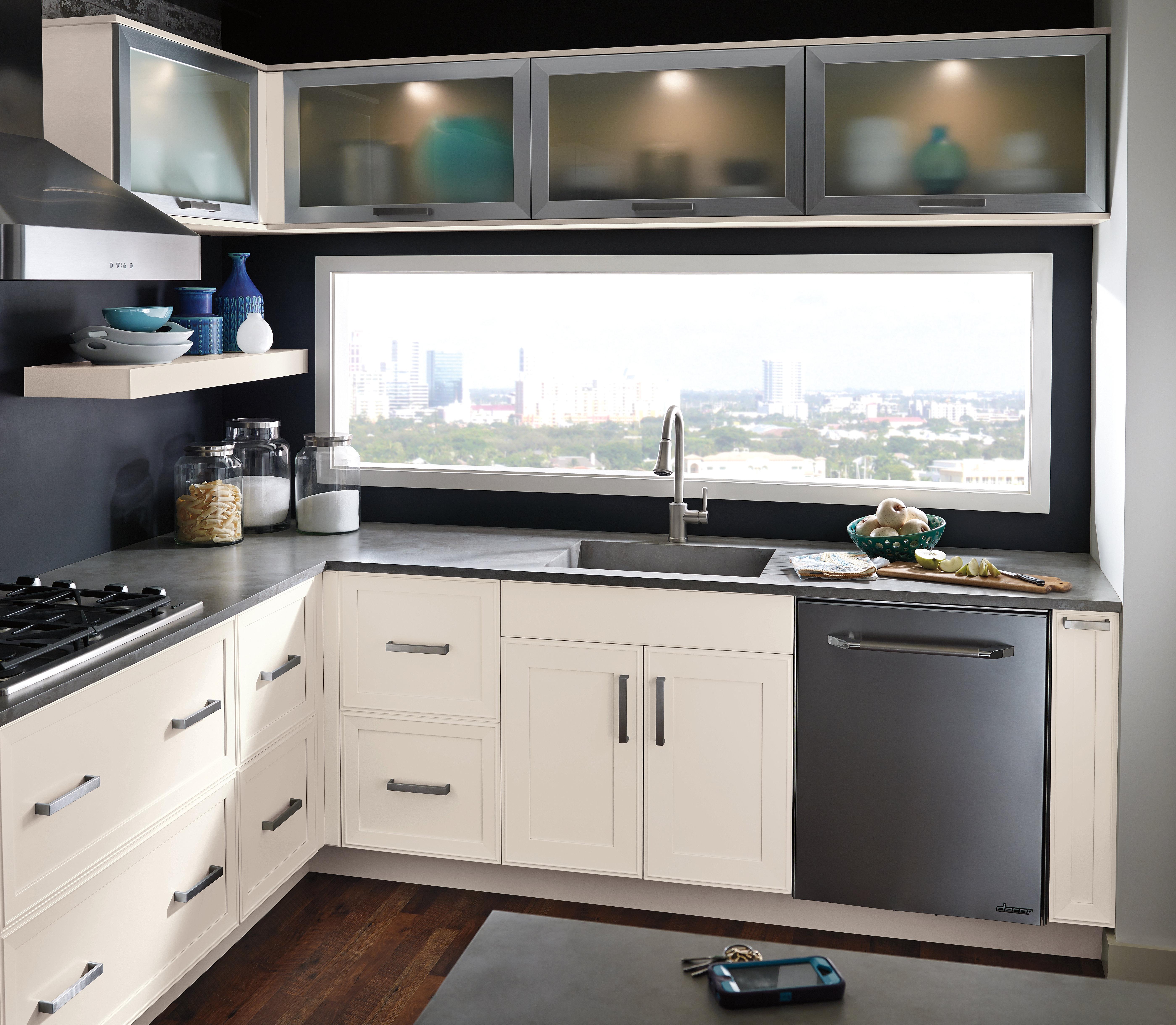 lightbox image q select kitchen design Select Cabinetry Cabinetry Cedar Falls Kitchen Design Cedar Falls sleek and simple loft kitchen