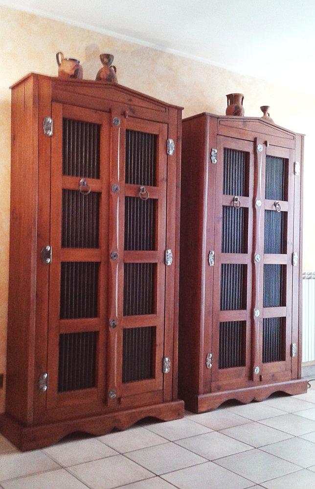 Gallery of armadi etnici in pino rosso accessori in ferro e vetro dimensioni h l p with armadi - Mobili cinesi laccati ...