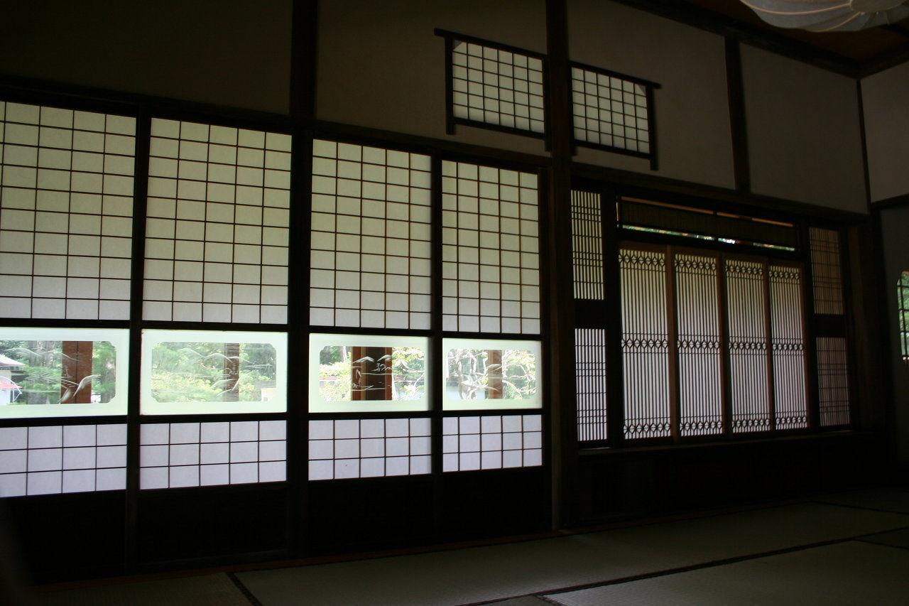 Custom Made Japanese Shoji Screens With Pattern Glass Hip Band