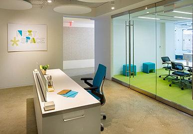 Movable Reception Desk