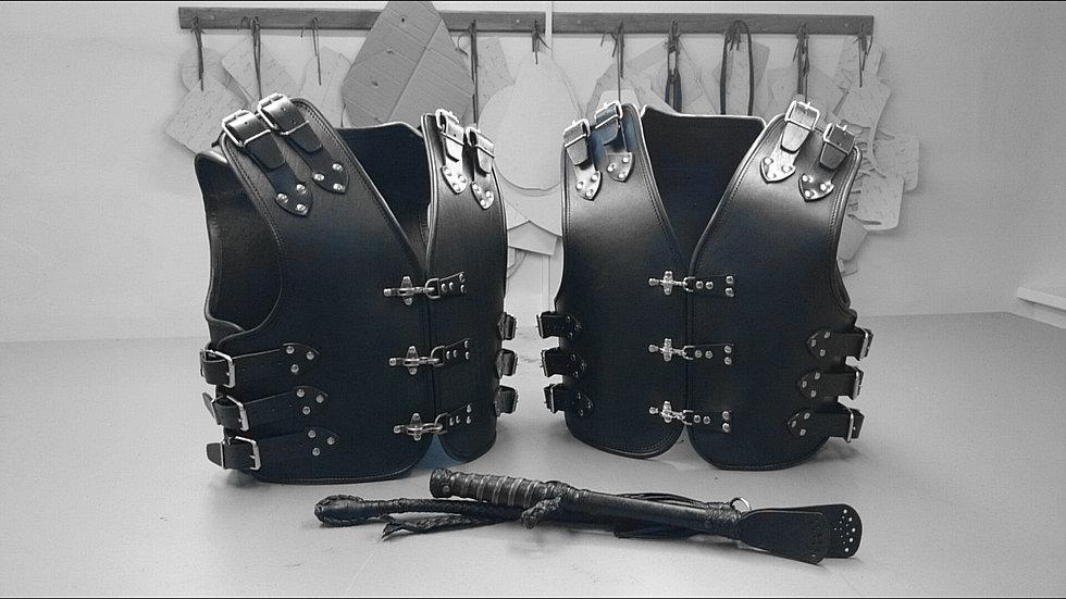 Изделия из кожи своими руками для байкеров 76