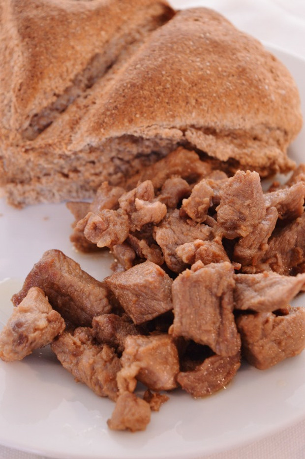 Aliter ofellae quick easy marinated pork bites ancient world ancient roman fast food recipe for pork bites ancient world alive forumfinder Images