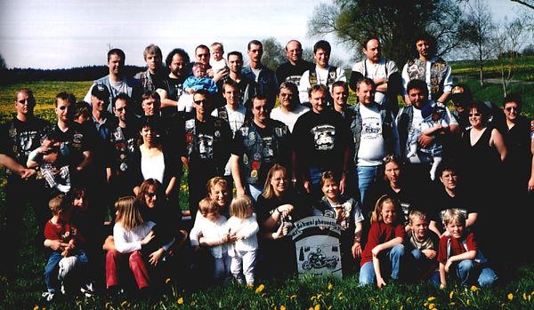 MF-Gruppe2000.jpg