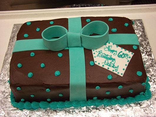 Custom Cakes CT!