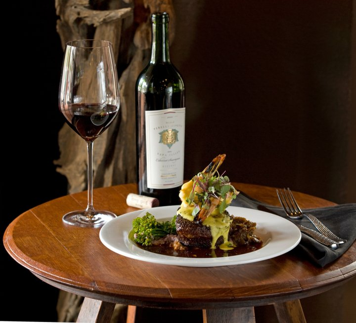 Restaurant Paradis Happy Hour Wine 30A Discount Food Dinner
