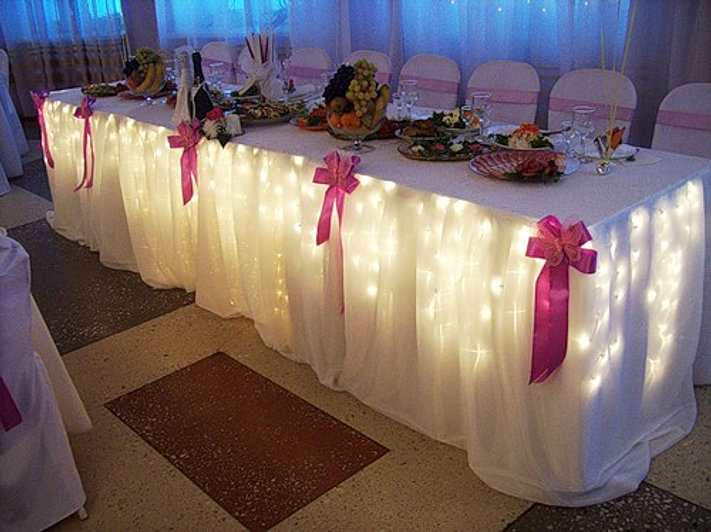 Сшить юбку на свадебный стол