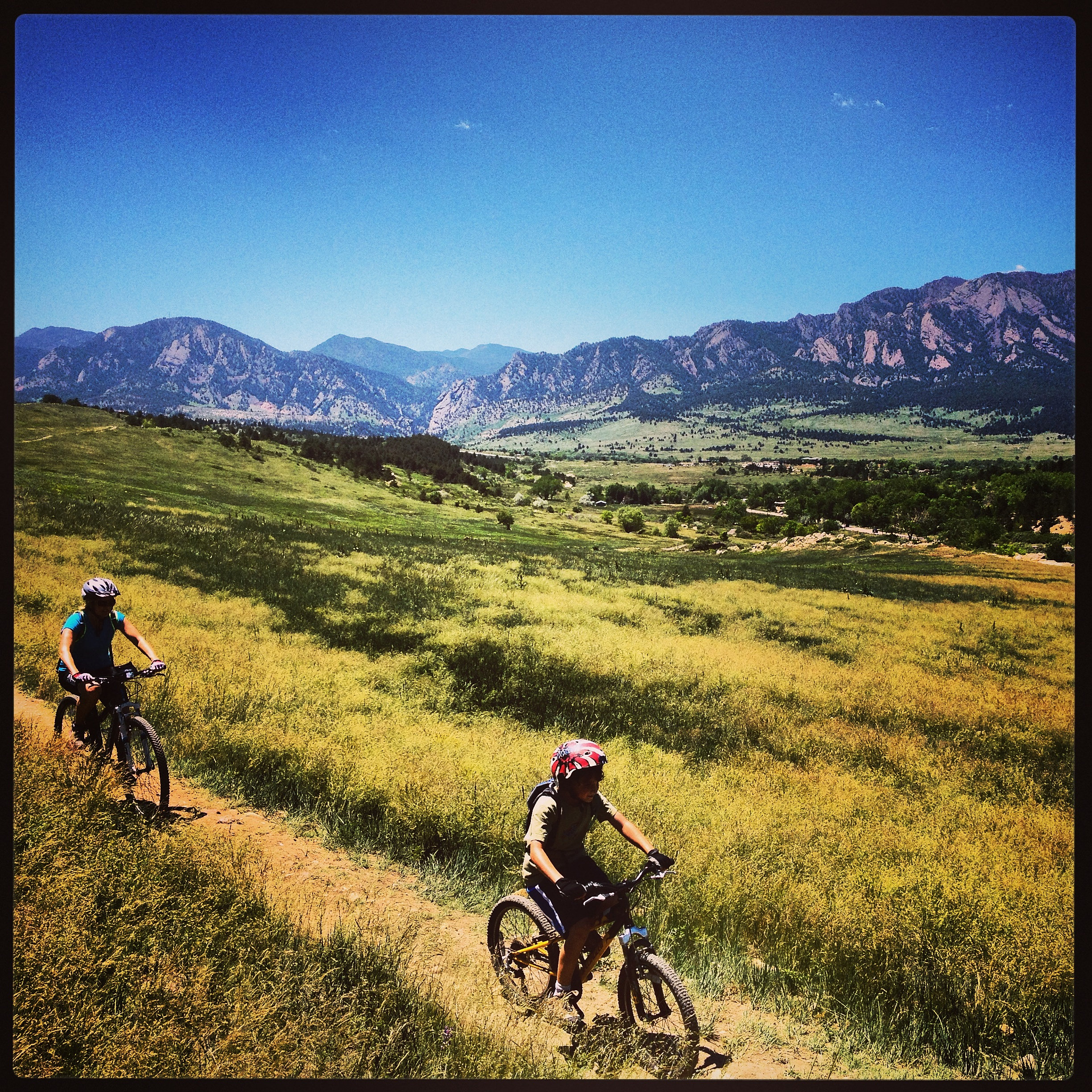 5 Great Day Hikes Near Boulder Colorado: Guided Colorado Mountain Bike Tours