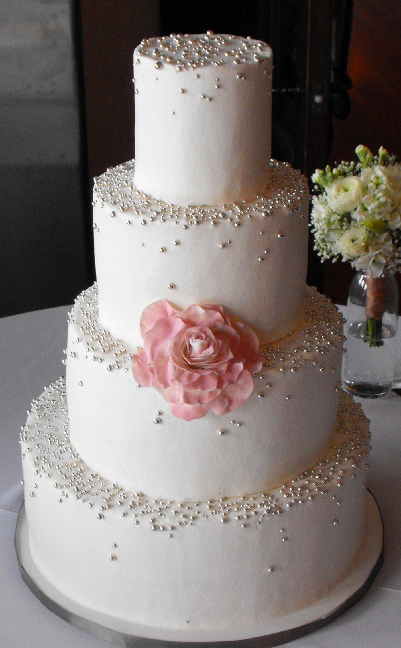 Silver Wedding Cake Ideas