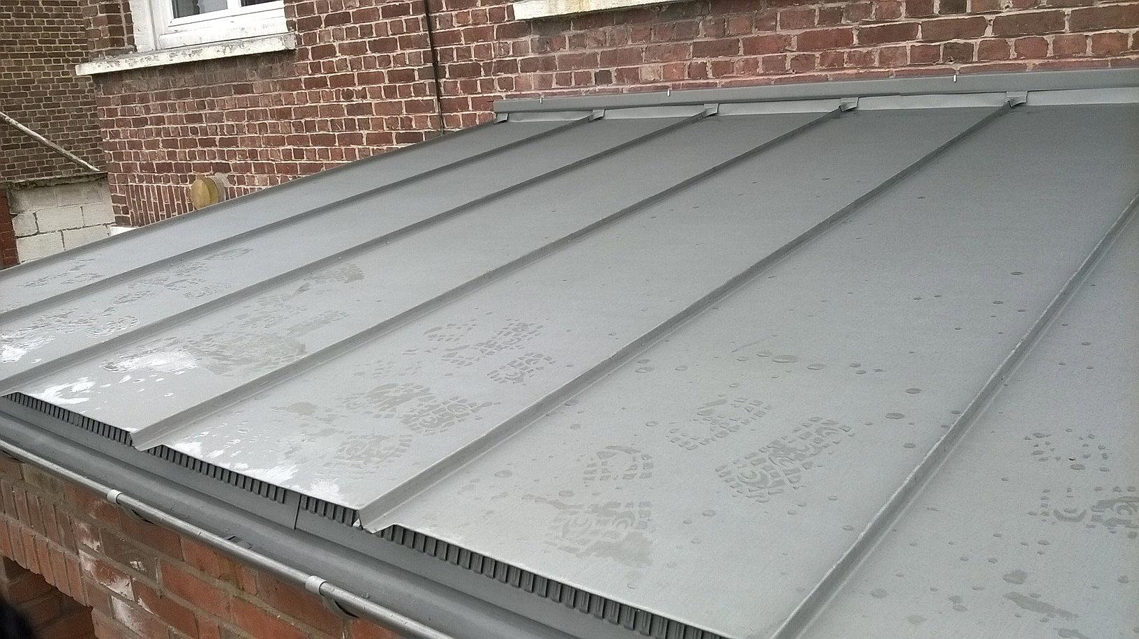 Sarl articouv gondecourt toiture zinc joint for Toiture zinc joint debout