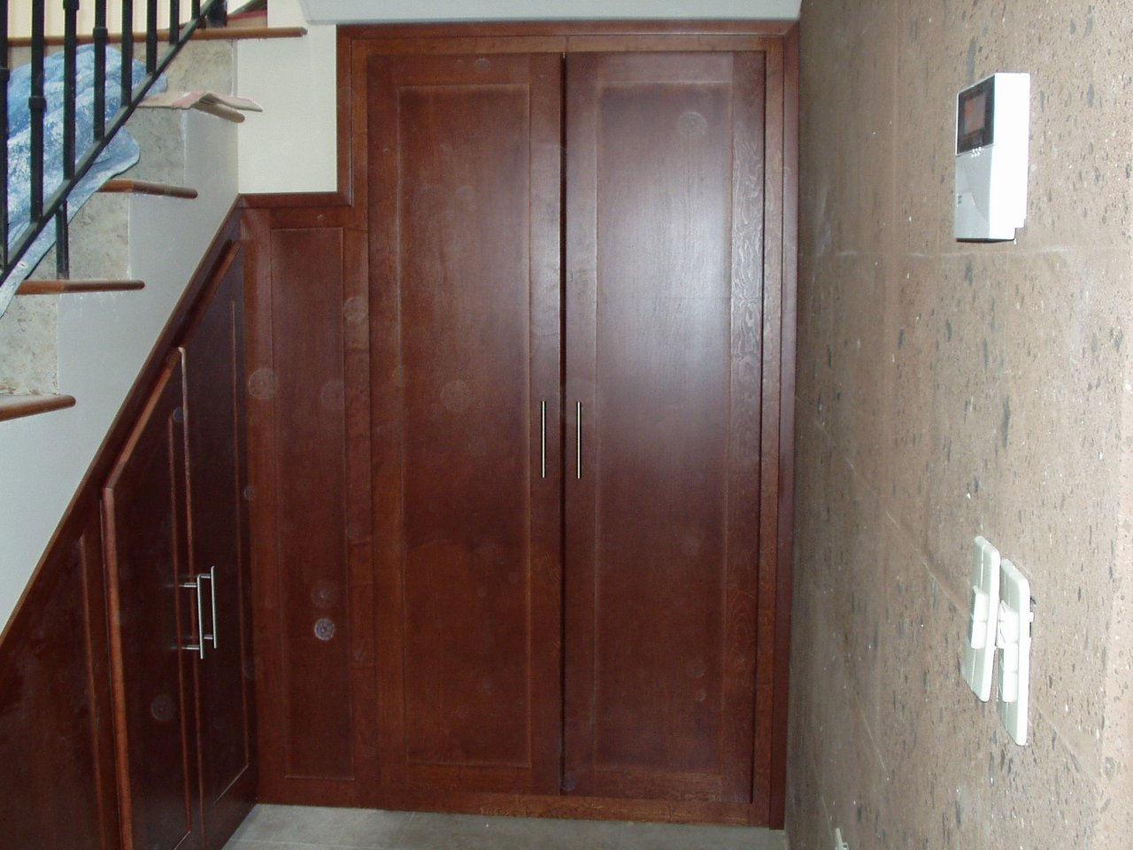 Madema manufacturas de madera for Bajo escalera exterior